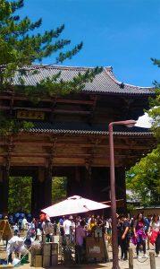 奈良県東大寺 南大門(投稿者:奈良教会 古谷友里江)
