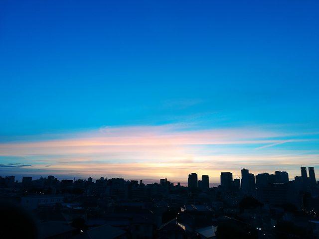 自宅から。夜明けの眺望(投稿者:ばたやん)