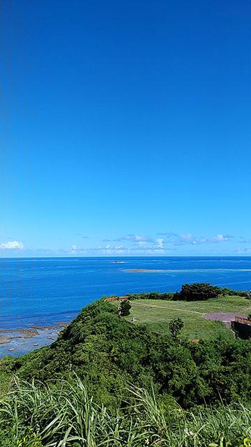 沖縄県南城市知念岬公園(投稿者:なんくるないさぁ)
